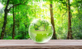 De vriendschappelijke aarde van Eco stock afbeeldingen