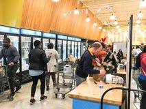 De vrije, van twee uur levering van Amazonië van Whole Foods aan Eerste leden Royalty-vrije Stock Afbeeldingen