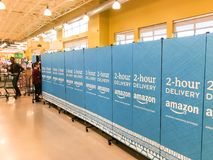 De vrije, van twee uur levering van Amazonië van Whole Foods aan Eerste leden Royalty-vrije Stock Foto