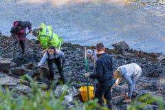 De vrijwilligers bij Archeologisch graven Royalty-vrije Stock Foto