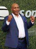De vroegere in dozen doende kampioen Mike Tyson woont het US Open van 2018 bij openend ceremonie bij USTA Billie Jean King Nation stock afbeeldingen