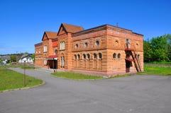 De vroegere paardstal in het landgoed Puslovsky Royalty-vrije Stock Fotografie
