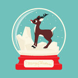 De vrolijke bal van het Kerstmisglas met Rendier Rudolf Royalty-vrije Stock Fotografie