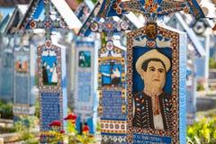 De vrolijke begraafplaats van Sapanta, Maramures, Roemenië Die begraafplaats is uniek in Roemenië Stock Foto