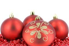 De vrolijke decoratie van de Kerstmisbal Stock Foto's