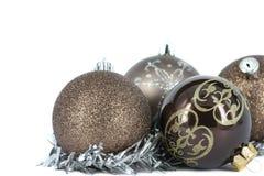 De vrolijke decoratie van de Kerstmisbal Stock Afbeeldingen