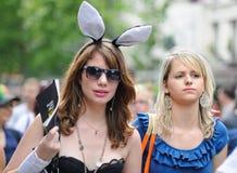 De vrolijke Parade van de Trots om vrolijke rechten te steunen Stock Foto's