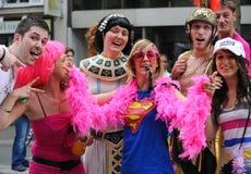 De vrolijke Parade van de Trots om vrolijke rechten te steunen Stock Afbeelding
