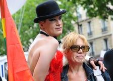 De vrolijke Parade van de Trots om vrolijke rechten te steunen Stock Afbeeldingen