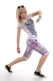 De vrouw is dansende heup-hop. Stock Afbeelding