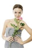 De vrouw die roze houdt nam toe Royalty-vrije Stock Fotografie