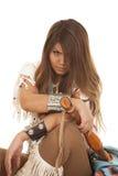 De vrouw Inheemse Amerikaan zit dichte gek Royalty-vrije Stock Afbeelding
