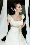 De vrouw kleedde zich als bruid Stock Afbeelding