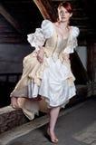 De vrouw kleedde zich omhoog als cinderella Royalty-vrije Stock Fotografie