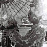 De vrouw kleedde zich omhoog voor Thais huwelijk royalty-vrije stock afbeelding