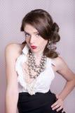 De vrouw kleedde zich in Retro Uitstekende Stijl royalty-vrije stock foto