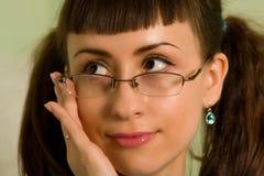 De vrouw met glazen sluit omhoog royalty-vrije stock afbeeldingen
