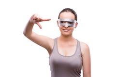 De vrouw met technoglazen op wit wordt geïsoleerd dat Royalty-vrije Stock Foto
