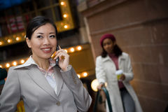 De Vrouw van Buiness in de Stad Royalty-vrije Stock Foto's