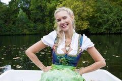 De Vrouw van de blonde in Dirndl Stock Fotografie