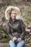 De Vrouw van de blonde met Mooie Blauwe Ogen Royalty-vrije Stock Foto's