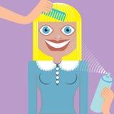 De vrouw van de blonde in schoonheidsritueel Stock Afbeelding