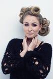De vrouw van de manier met mooie make-up Royalty-vrije Stock Afbeeldingen