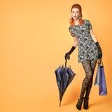 De vrouw van de manier Modieus Autumn Outfit wijnoogst Royalty-vrije Stock Afbeeldingen