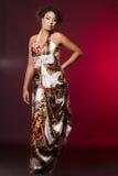 De vrouw van de mulat op rood Royalty-vrije Stock Fotografie