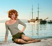 De vrouw van de schoonheid op overzees royalty-vrije stock afbeeldingen