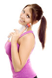 De vrouw van de sport met de glimlach van het flessenwater Stock Foto