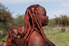 De vrouw van Himba in Namibië Stock Foto's