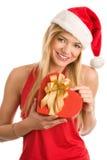 De vrouw van Kerstmis met gift Stock Afbeeldingen