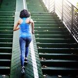 De vrouwelijke jogging van Atletenexercise running Dame Concept Stock Afbeeldingen