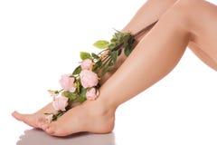 De vrouwelijke voeten hielen bloemen Royalty-vrije Stock Afbeeldingen