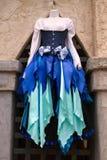 De vrouwen` s Renaissance kleedt en kleedt Boutique royalty-vrije stock foto's