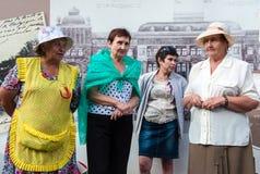 De vrouwen van de stad van Orenburg na de heffing van sancties tegen Rusland Royalty-vrije Stock Afbeelding