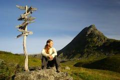 De vrouwen van de wandelaar in platteland Royalty-vrije Stock Fotografie