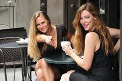 De vrouwen van Flirty Royalty-vrije Stock Afbeeldingen