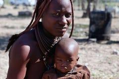 De vrouwen van Himba met rood kleihaar Royalty-vrije Stock Afbeelding