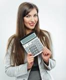 De vrouwenaccountant toont calculator Jonge bedrijfsvrouw Royalty-vrije Stock Afbeeldingen