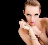 De vrouwengezicht van de aantrekkingskracht, juwelen, schoonheidsmannequin Stock Foto