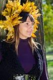 De vrouwenportret van de herfst Stock Afbeelding