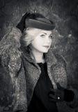 De Vrouwenportret van de schoonheidsmanier. Uitstekende Stijl. Retro Glamourmeisje. Royalty-vrije Stock Afbeeldingen