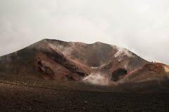 De vulkaan actieve krater van Etna, Italië Stock Afbeelding