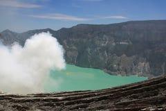 De vulkaan van Ijen op Java, Indonesië Royalty-vrije Stock Foto