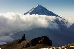De vulkaan van Koryaksky op het Schiereiland van Kamchatka, Stock Afbeelding