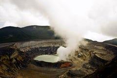 De vulkaan van Poas stock foto