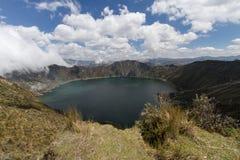 De Vulkaan van Quilotoa van het kratermeer Stock Afbeeldingen