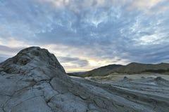 De Vulkanen van de modder in Buzau, Roemenië stock afbeeldingen